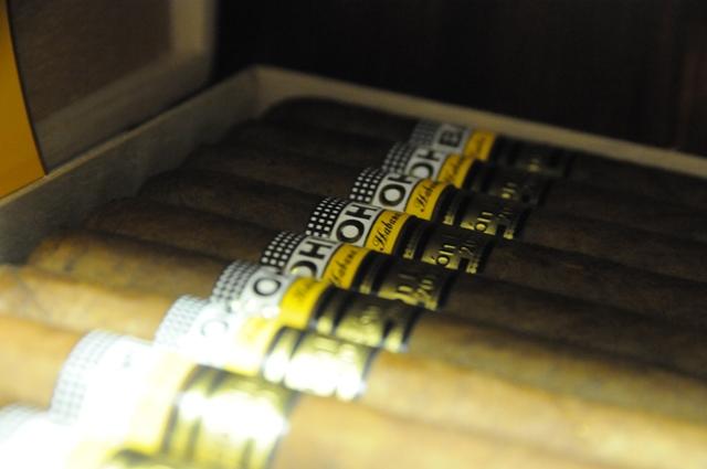 cigar1-23